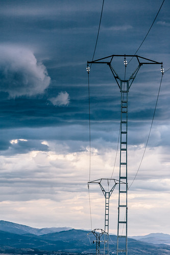 Pylon and the storm