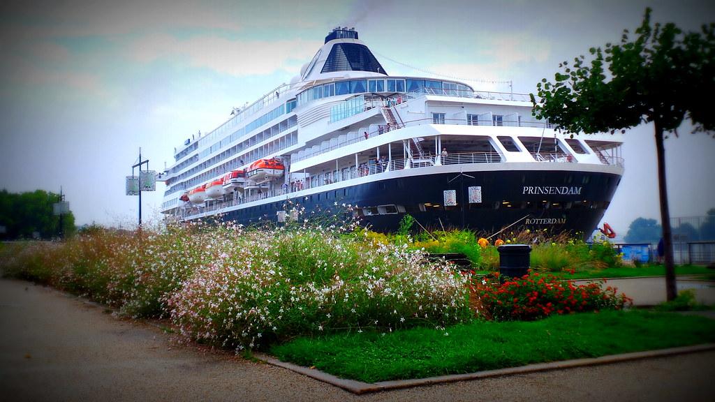 Accostage du MS PRINSENDAM - Bordeaux - 06 septembre 2013