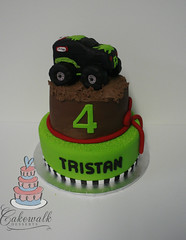GRAVEDIGGER CAKE (cakewalkdesserts) Tags: birthday cake gravedigger monstertruck