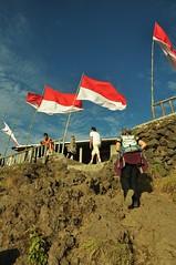 (ngeo2008) Tags: flags batur