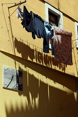 The shadow of the wash (10b travelling) Tags: shadow abstract portugal europa europe lisboa lisbon line wash laundry hanging clothesline lissabon washing drying panni stesi 2013 carstentenbrink iptcbasic