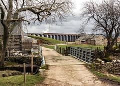 Gunnerfleet Farm (Kingmoor Klickr) Tags: mountain farm yorkshire steam express ribblehead mainline galatea cumbrian chapelledale 45699 battymoss gunnerfleet