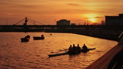 The Sunset Rowers (An~Nur) Tags: city bridge sunset london docks river golden dusk east rowing xz1