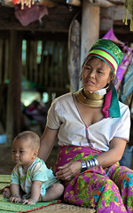 Chiang Mai I Thailand I Asia (Aman Iman ॐ) Tags: people woman baby thailand asia village femme culture karen thaïlande longneck chiangmai asie tradition tribe ethnic bébé northernthailand padaung kayan neckrings ethnie longcou thailandedunord