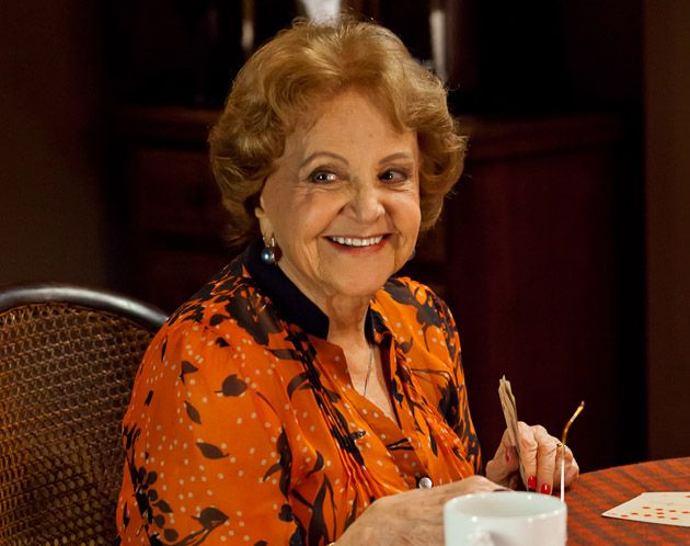 Aos 97 anos, Eva Todor está internada com pneumonia em clínica no Rio