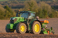 John Deere 6175R Tractor with an Amazone ADP 3000 Special Seed Drill & Power Harrow (Shane Casey CK25) Tags: john deere 6175r tractor amazone adp 3000 special seed drill power harrow jd green kilmagner coolagown onepass sow sowing set setting drilling tillage till tilling plant planting crop crops cereal cereals county cork ireland irish farm farmer farming agri agriculture contractor field ground soil dirt earth dust work working horse horsepower hp pull pulling machine machinery grow growing nikon d7100 traktor tracteur traktori trekker trator ciągnik corn