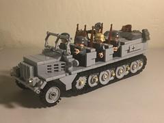Sd.Kfz. 7 Mittlerer Zugkraftwagen 8t (-PanzerGrenadier1-) Tags: lego ww2 afv prime mover halftrack sdkfz 7 sonderkraftfahrzeug zugkraftwagen 8t half track