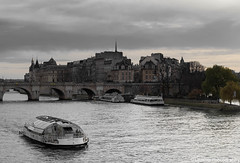 Paris (Ellacott Photography) Tags: iledelacite riverseine river cityscape landscape paris france editing lightroom photography nikond3100