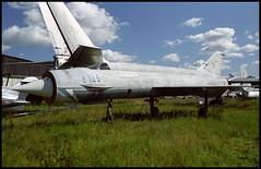 E166 - Monino Museum 20.08.2001 (Jakob_DK) Tags: 2001 monino centralrussianairforcemuseum mikoyan gurevich mikoyangurevich mig mig21 ye152m
