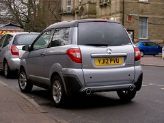 Aixam  Crossover (Lawrence Peregrine-Trousers) Tags: ffffffffff autoshite cars spotted aixam microcar cvt crossover sans permis