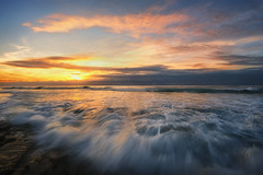 Ocean Waves (buiTchuong) Tags: sunset ocean waves la jolla seascape californialandscape southerncalifornia san diego clouds