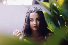 Princess (ReemDreamPhoto) Tags: beauty beautiful fashion nature natural light bali crown jewelry freckles reem reemdreamphoto 50mm canon green bokeh