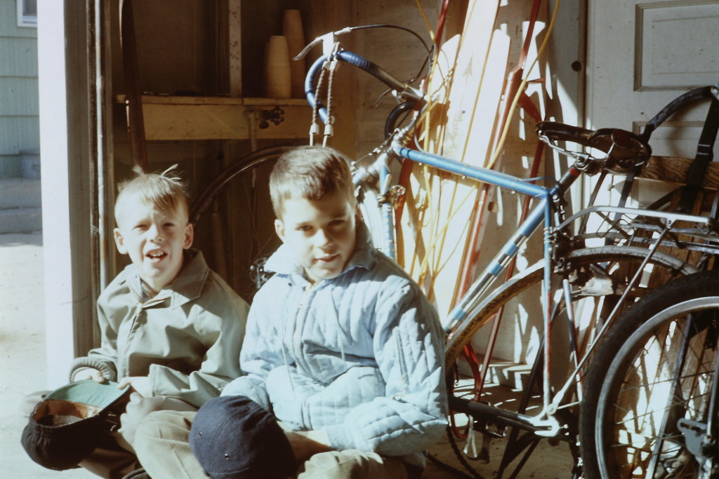 The world 39 s best photos of 1965 and cycling flickr hive mind - Garage peugeot chateaulin ...