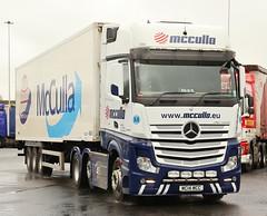 Mercedes Actros McCulla Freezer Box Ireland  MC14MCC Frank Hilton  IMG_5119 (Frank Hilton.) Tags: classic truck lorry eight wheel maudsley aec atkinson albion leyalnd bristol austin outside heavy haulage crane 8 axle