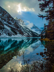 Lake Louise in Banff National Park, Alberta, Canada (Andi_M) Tags: alberta banff canada lakelouise outdoors colors lake landscape mountains nationalpark nature outdoor trees water nikon d2x