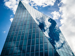 Cross Cut (Sean Batten) Tags: london england unitedkingdom gb architecture clouds sky window glass reflection nikon df 50mm blue city urban 240blackfriarsroad ubn