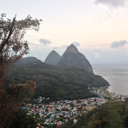 5:45 am/5:45 pm, not matter the time of day this view is...  #caribbean #westindies #pitons # stlucia #saintlucia #breakofdawn