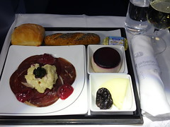 201701030 AB7248 TXL-JFK snack (taigatrommelchen) Tags: 20170105 flyingmeals airplane inflight meal food snack business ber airberlin ab7248 a330200 dabxd txljfk