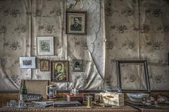 Wall of fame... (Geppestein) Tags: urbanexploring urbex decay abandoned leegstand verlaten gebouw geppestein wwwgeppesteinfotografienl building hdr highdynamicrange nikon d800 boucherie sanzot gepetto