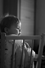 Derrière moi (nicolaspetit7878) Tags: scène cinématique timoa 1252 semaine12 f18 50mm chaise bw blackwhite noirblanc nikond5500 nikon light lumière visage profil young kid boy children baby bébé fils garçon enfant