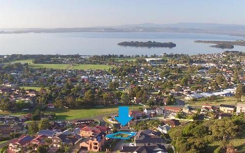 13 Scenic Pl, Berkeley NSW