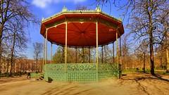Solitude (YᗩSᗰIᘉᗴ HᗴᘉS +5 000 000 thx❀) Tags: alone solitude kiosque kiosk bruxelles brussels belgium be belgique parc hensyasmine