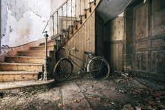 Tour de France (Post-Mortem (Alexandre Katuszynski)) Tags: urbex urbanexploration ue urbexfrance farm abandonedfarm lostplaces lowlight light verlassen forgotten decay derelict decayed bicycle abandoned abandonné explorationurbaine