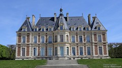 20170413_chateau_de_sceaux_88t99 (isogood) Tags: chateaudesceaux sceaux park france palace lenotre castle royalty luxury history landmark building