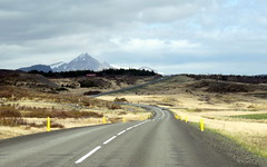heading north (kexi) Tags: iceland europe north road winding ontheroad mountain landscape view paysage canon may 2016 instantfave