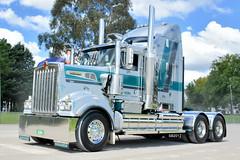 Tony Innaimo Kenworth T904 (Bourney123) Tags: kenworth t904 truck trucks trucking highway haulage diesel canberra convoy loaded sydney brisbane bonnet innaimo transport