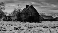 when the best days are past... (BillsExplorations) Tags: abandoned abandonedillinois abandonedfarm barn barnsandfarms abandonedhouse old decay ruraldecay ruraldeterioration forgotten oncewashome shuttered blackandwhite monochrome ir monochromemonday corncrib