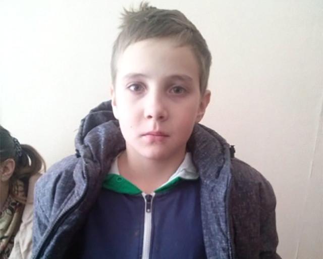 Тольяттинские полицейские отыскали пропавшего ребенка, онгостил удруга