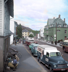 Nesttun 1958-B&W re-colored (JensRongved) Tags: nesttun 1958 recolored bwrecolored bw streetlife retro colorizing handcolored colored coloured bergen norway norwegen 挪威 卑爾根 ノルウェー ベルゲン sky clouds light clear bright blue landscape picturesque норвегия берген