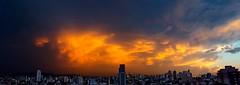 Chuvas ao anoitecer... (carlos.ufmg) Tags: dusk entardecer anoitecer chuvas rain paisagemurbana townscape samsung galaxy s6 galaxys6 brazil carobrod