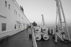 Yellow Anorak (John fae Fife) Tags: fujifilmx ferry xe2 yellow ferrycrossing monochrome anorak