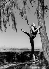 (Gi_shi) Tags: nikon iamnikon nikonitalia d7200 bn bnw bw biancoenero danza dance dancer ballet
