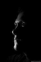 Retrato 2 (Mr.Navas) Tags: brazil portrait branco brasil canon key retrato low preto e vinicius rosto navas