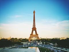 Tour de Eiffel (Travailler) Tags: paris france tower eiffel palaisdechaillot     uploaded:by=flickrmobile dublinfilter flickriosapp:filter=dublin
