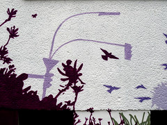 Berlin Dream (onnola) Tags: streetart berlin art wall facade kreuzberg germany painting deutschland graffiti mural kunst ampel gwb fassade tauben gestaltung kunstambau guessedberlin fassadengestaltung graefekiez strasenlampe innerfields gwbsurfer321meins