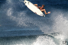 Mike Stu (Aaron Lynton) Tags: canon hawaii surf waves air wave maui surfing 7d hookipa