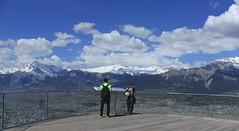 Fabio et ma soeur (bulbocode909) Tags: valais suisse nax montagnes nature printemps paysages nuages gens vert bleu valdhérens montnoble