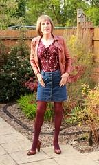 170417b 7318 (2) (Brenda Silmaril) Tags: miniskirt denim heels