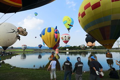 "The Singha Park Chiang Rai Balloon Fiesta (g e r a r d v o n k เจอราร์ด) Tags: artcityart art asia asia"" asian canon city colour canon5d3 chiangmai expression eos earthasia flickrsbest fantastic flickraward lifestyle land ngc newacademy outdoor totallythailand photos people reflection this travel thailand thai transport unlimited uit festival whereisthis where water yabbadabbadoo yellow"
