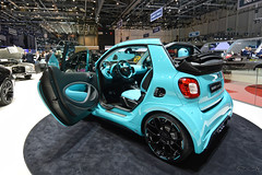 DSC_0252_DxO (Pán Marek - 583.sk) Tags: genéve geneva motorshow palexpo smart brabus ultimate 125 fortwo for two for2