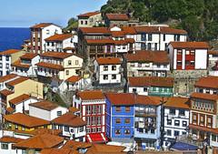 Cudillero, Asturias (Santos M. R.) Tags: cudillero asturias españa spain pueblobonito fractalius hdr