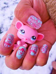Nail stamping (flores272) Tags: littlestpetshop nailstamping nailart toy toys lps outdoor