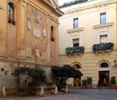 Trapani, Piazzetta Saturno, Fontana del Saturno (Saturn fountain) (HEN-Magonza) Tags: trapani sizilien sicily sicilia italien italy italia piazzettasaturno fontanadisaturno saturnbrunnen saturnfountain