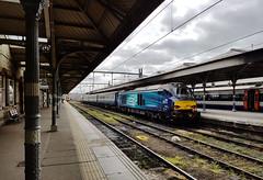 68019 Norwich 05/04/2017 (Flash_3939) Tags: 68019 brutus 68018 class68 diesel locomotive aga abelliogreateranglia norwich nrw station angliaplus rail railway train uk april 2017