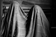 Unter einer Decke - Beneath A Blanket (Bernd Kretzer) Tags: beneath a blanket decke piano schwarzweiss blackwhite nikon afs dx nikkor 35mm f18 g