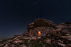 El refugio (kisko-Sonia) Tags: nocturna estrellas torcal luz nikon d750 nikkor 1424 paisaje stars night light largaexposición longexposure rocas refugio rocks antequera